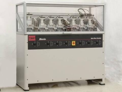 美國MTS Bionix 3/6/12組髖關節磨耗模擬試驗機